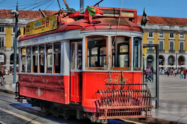 ELÉCTRICO DE LISBOA, a photo by vítor